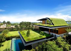 Meera House - Amazing House Design Ideas With Sky Garden. This is beautiful house with sky garden. If you want to have house with roof garden maybe this will. Architecture Durable, Architecture Design, Green Architecture, Sustainable Architecture, Sustainable Design, Amazing Architecture, Singapore Architecture, Sustainable Living, Sustainable Houses