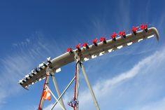 Ala experimental, prueba de tecnologías de propulsión eléctrica.   Investigadores del proyecto de tecnología asincrónica de hélice de vanguardia (LEAPTech) en el centro de investigación de vuelo de la NASA Armstrong están realizando ensayos en tierra de una 31-pie-span, sección de ala compuesta de carbono con 18 motores eléctricos.