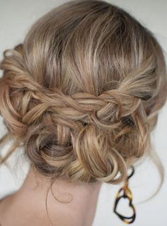 Ancient greek goddess hairstyles for long hair - careless greek hairstyle with braid