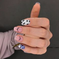 Simple Acrylic Nails, Fall Acrylic Nails, Halloween Acrylic Nails, Finger, Cow Nails, 4 Tattoo, Fire Nails, Funky Nails, Minimalist Nails