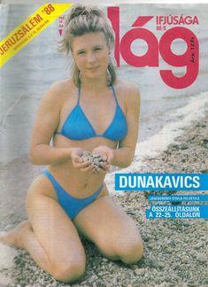 Világ ifjúsága (1988) Vintage Advertisements, Vintage Ads, Vintage Images, Pin Up Girl Vintage, Cute Swimsuits, Pin Up Girls, Punk Rock, Bikini Girls, Childhood Memories