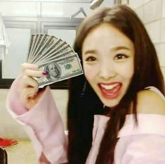 nayeon have my money, that I used to buy twice merch Blackpink Funny, Funny Kpop Memes, K Pop, Kpop Girl Groups, Kpop Girls, Tzuyu Body, Funny Faces Pictures, Reaction Face, Nayeon Twice