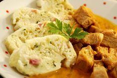 Smetanový krůtí guláš 2, Foto: All Slovak Recipes, Hummus, Mashed Potatoes, Meat, Chicken, Ethnic Recipes, Cooking, Whipped Potatoes, Smash Potatoes