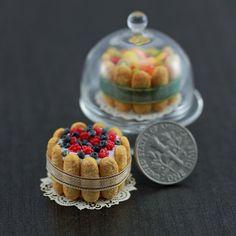 Berry Charlotte  #miniaturecake