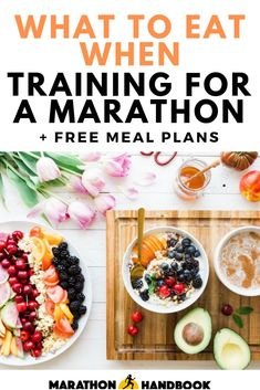 Our top 10 tips for marathon training nutrition AND free meal plans ! Runners Meal Plan, Runners Food, Runners High, Good Pre Workout, Best Workout Plan, Workout Plans, Marathon Tips, Marathon Training, Triathlon Training