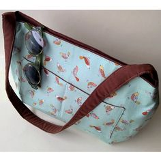 Pretty shoulder bag with birds - Folksy Different Birds, Pretty Birds, Close Up Photos, Small Bags, Handmade Bags, Bird Feathers, Mint Green, Diaper Bag, Gifts For Her