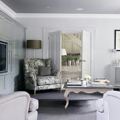 Light grey walls with darker grey ceiling