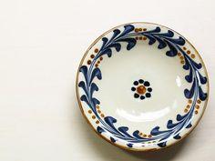 あき陶器工房 : miyagiya やちむん 花ぐぅ唐草6寸皿 | Sumally