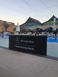 "Marco Jahn auf Twitter: ""#MBSMN (@ Haubentaucher in Berlin w/ @janfirsching)… Berlin, Twitter, Mercedes Benz, Social Media, Night, Hoods, Social Networks, Social Media Tips, Berlin Germany"