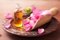 Did you know rose oil has a number of skin and hair care benefits? Read on to know rose oil benefits for skin & how to use rose oil for skin and benefits of rose oil for hair & how to use rose oil for hair. Essential Oils For Fibromyalgia, Essential Oils For Headaches, Rose Essential Oil, Doterra Essential Oils, Rose Oil For Skin, Oils For Skin, Rose Oil Benefits, Oil For Headache, Dry Skin Remedies