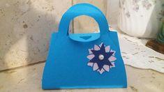 Lescatoline borsetta possono essere utilizzate come bomboniere per varie ricorrenze , la sua forma si adatta per matrimonio ma anche per prima comunione...