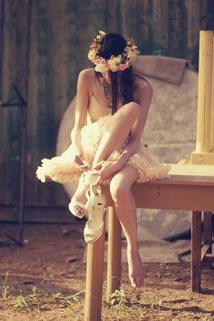 Ann He Floral Crown