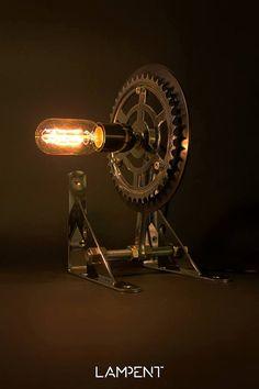 Steampunk Gear table lamp