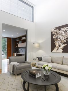 Living room decor hacks, Check out the newest trends into consideration whenever you design your home. You never would like home to watch out of date and behind the with outdated decor. Look at other people's homes to obtain decorating their properties. Best Living Room Design, Living Room Designs, Cozy Living Rooms, Living Room Furniture, Casa Top, Best Interior, Interior Design, Living Room Decor Inspiration, Living Room Remodel