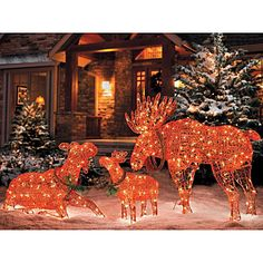 Lighted Moose Family- I WANT this for our front yard!