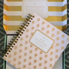 Are you still trying to get yourself organized? I've got 5 Things That Will Help You Stay Organized this year. I've learned the hard way and I thought I would share the scoop. @thedaydesigner - - - - #daydesigner #organizer #organized #getorganized #momlife #mommy #mom #mommylife #momblogger #momblog #mom #kids #family #planner #schedule #calendar #2017 #instahappy #instalikes #instagram #picoftheday #igers #parenthood