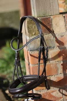 Equiture - Brown rolled leather snaffle bridle (Browband not included), £85.00 (http://www.equiture.biz/brown-rolled-leather-snaffle-bridle-browband-not-included/)