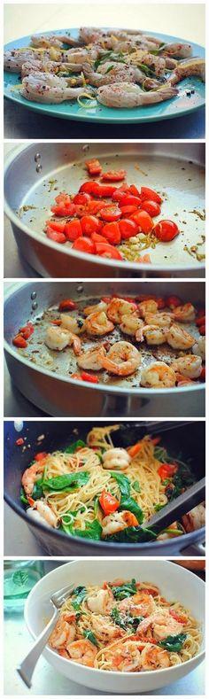 Spaguetis sautéed with garlic, prawns, cherry tomatoes and spinach Spaguetis con un salteado de ajos, gambas, tomate cherry y espinacas Subido de Pinterest. http://www.isladelecturas.es/index.php/noticias/libros/835-las-aventuras-de-indiana-juana-de-jaime-fuster A la venta en AMAZON. Feliz lectura.