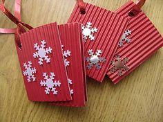 SkusimTo / vianočné visačky červené