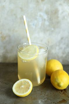 Lemon Ginger Bourbon Fizz | 15 Boozy Cocktails For Anyone Who Loves Canada Dry Ginger Ale