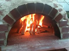 When Rachel and her husband first decided to have a pizza oven in the garden as part of their permaculture design, they never realised it would become the heart of the garden. Here's how they built it step by step.