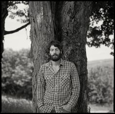 This man helps me sleep. Ray LaMontagne.