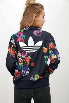 Adidas Women Shoes - adidas Originals Floral Firebird Track Jacket - Urban Outfitters - We reveal the news in sneakers for spring summer 2017 Milan Fashion Weeks, New York Fashion, Teen Fashion, Runway Fashion, Fashion Trends, Fashion Shoes, White Fashion, Woman Outfits, Fall Outfits