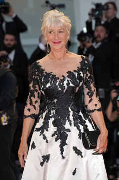"""Helen Mirren wore a bicolor embroidered Sassi Holford evening dress and Chopard jewerly to """"The Leisure Seeker (Ella & John)"""" premiere during the 2017 Venice Film Festival (IV) Evening Dresses, Prom Dresses, Bride Dresses, Dame Helen, Helen Mirren, British Actresses, Hey Girl, Fashion Over 50, Bellisima"""