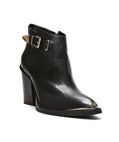 15 Reasons You'll Want To Wear Steve Madden Again #refinery29
