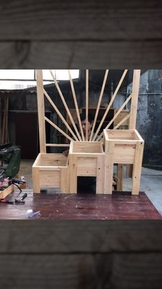 Woodworking Projects Diy, Diy Wood Projects, Wood Crafts, Backyard Projects, Outdoor Projects, Planter Boxes, Planters, Diy Outdoor Furniture, Raised Garden Beds