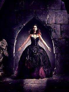 "The Vampire Diaries Nina Dobrev as ""Elena Gilbert"" Vampire Diaries Series Finale, Vampire Diaries Seasons, Vampire Diaries Funny, Vampire Diaries Cast, Vampire Diaries The Originals, Katherine Pierce, Nina Dobrev, Beautiful Dresses, Nice Dresses"