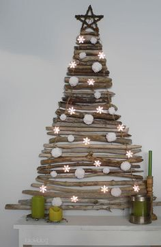Are you planning to create creative christmas tree? If yes, You should see these amazing and very creative christmas tree ideas Stick Christmas Tree, Creative Christmas Trees, Diy Christmas Decorations Easy, Alternative Christmas Tree, Christmas Tree Design, Noel Christmas, Rustic Christmas, Christmas Crafts, Christmas Ornaments