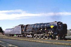 Locomotive Engine, Steam Locomotive, South African Railways, Steam Railway, Old Trains, Train Journey, Steam Engine, Diesel Engine, Locs