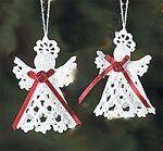 Horgolt karácsonyi díszek leírással, hogyan készítsd útmutatóval Christmas Crafts, Christmas Ornaments, Crochet Christmas, Crochet Snowflakes, Diy And Crafts, Crochet Patterns, Barbie, Holiday Decor, Image