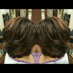 Short layered haircut Schwarzkopf base 5_6 Highlights vario blond 10V Toner 6-4 Warm tones