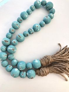 Turquoise Chippy Farmhouse Beads Wood Bead Garland Home Seed Bead Tutorials, Beading Tutorials, Wood Bead Garland, Beaded Garland, Diy Garland, Garland Ideas, Crafts For Teens, Crafts To Make, Fun Crafts