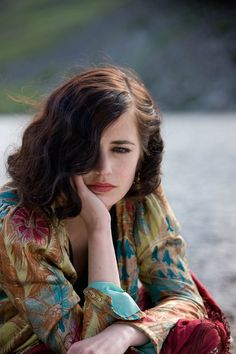 "Eva Green in ""Cracks""."