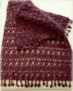 Ravelry: Betty`s Wrap pattern by Betty Aloui