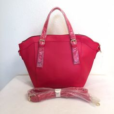THANKSGIVING SALE Red hot handbag  You'll stand out with this Red hot handbag! Comes with a longer strap. Exterior zipper pocket. Interior has 1 zipper pocket and 2 open pockets. Very roomy and adorable ❤️ ❗️COLOR MAY BE SLIGHTLY DIFFERENT DUE TO LIGHTING❗️✔️ Mercari available   PLEASE NO RUDE COMMENTS ONLY COMMENT IF YOU'RE INTERESTED    ❌PLEASE USE OFFER BUTTON- DO NOT ASK FOR LOWEST  ❌SERIOUS BUYERS ONLY                            ❌NO TRADES Bags Shoulder Bags