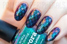 Picture Polish Aurora stamped with Mundo de Uñas stamping polish and Messy Mansion plate MM21
