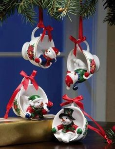 **Snowman Pals Holiday Teacup Ornament Set Need to find mini Christmas cups to make my own adaptation of these (diy xmas ornaments kerst) Christmas Clay, Easy Christmas Crafts, Christmas Projects, Simple Christmas, Beautiful Christmas, Christmas Ideas, Homemade Christmas, Vintage Christmas, Merry Christmas