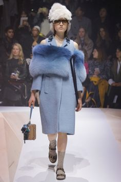 Anya Hindmarch  #VogueRussia #readytowear #rtw #fallwinter2017 #AnyaHindmarch #VogueCollections
