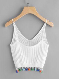 Knitted Cami Top -SheIn(Sheinside) -Fringe Trim Knitted Cami Top -SheIn(Sheinside) - 19 Pontos de Crochê Para Blusas que Você Precisa Aprender Cami Tops, Crochet Clothes, Diy Clothes, Summer Outfits, Cute Outfits, Mode Boho, Fringe Trim, Fringe Vest, Fashion Outfits