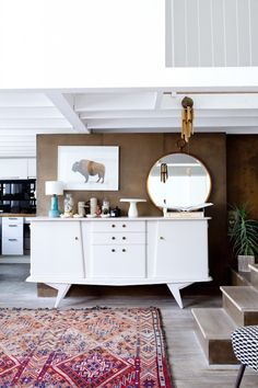 A truly inspiring and creative loft. Photo: Julie Ansiau. Styling Charlotte Huguet. Elle. Copyright reserved.