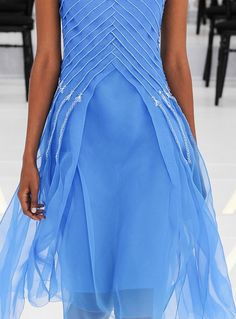criss-cross pleating. ~LL. Irgendwo ist immer Sommer ... Christian Dior haute couture F/W 2014