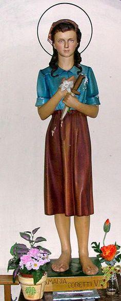 Saint Maria Goretti, patron saint of teenage girls, is one of the youngest canonized saints Catholic Saint Names, Catholic Art, Catholic Saints, Patron Saints, Roman Catholic, St Maria Goretti, Saint Costume, Catholic Online, Icons