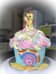 Giant Cupcake Cakes Big My Little Pony Birthday Party Parties Cake 4th Ideas Mlp