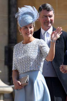 1602c794cc Kult: Ezek voltak a legőrültebb kalapok a hercegi esküvőn - HVG.hu Harry  Herceg