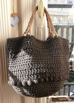 Bag - I really need to make one. #crochetbag #crochetpurse
