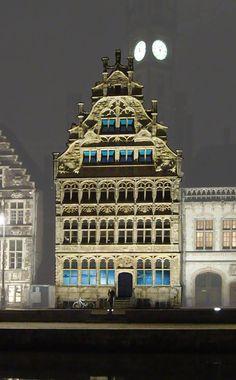 Wisten jullie dat het Huis van de Vrije Schippers aan de Graslei wordt gerestaureerd en herbestemd tot representatiehuis voor de Haven van Gent?